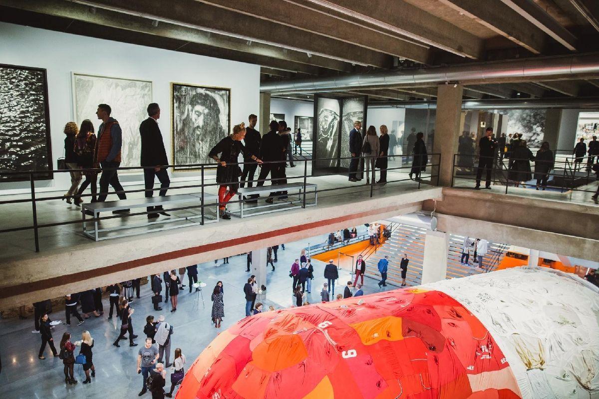 этом гараж музей современного искусства москва фото раздавить жадеитовый